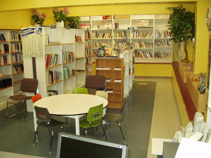 Bibliothèque - intérieur (2)