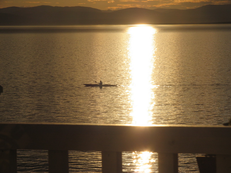Kayak sur le fleuve (Photo : © Mario Ouimet)